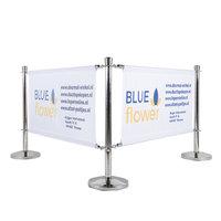 Drie chroom afzetpaaltjes met tussen de paaltjes bedrukte bannerdoeken met de tekst: Blueflower.