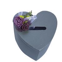Enveloppendoos grijs hart met rode rozen  kleine afbeelding