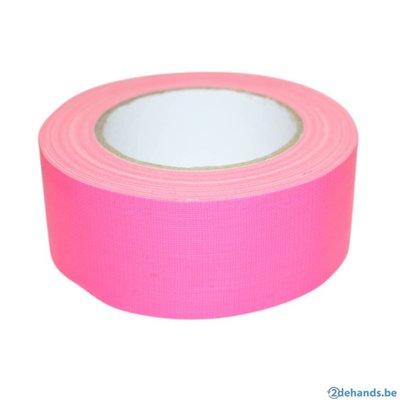 Ducttape fuchsia fluor tape