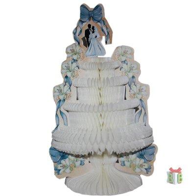 Tafeldecoratie bruidstaart met bruidspaar