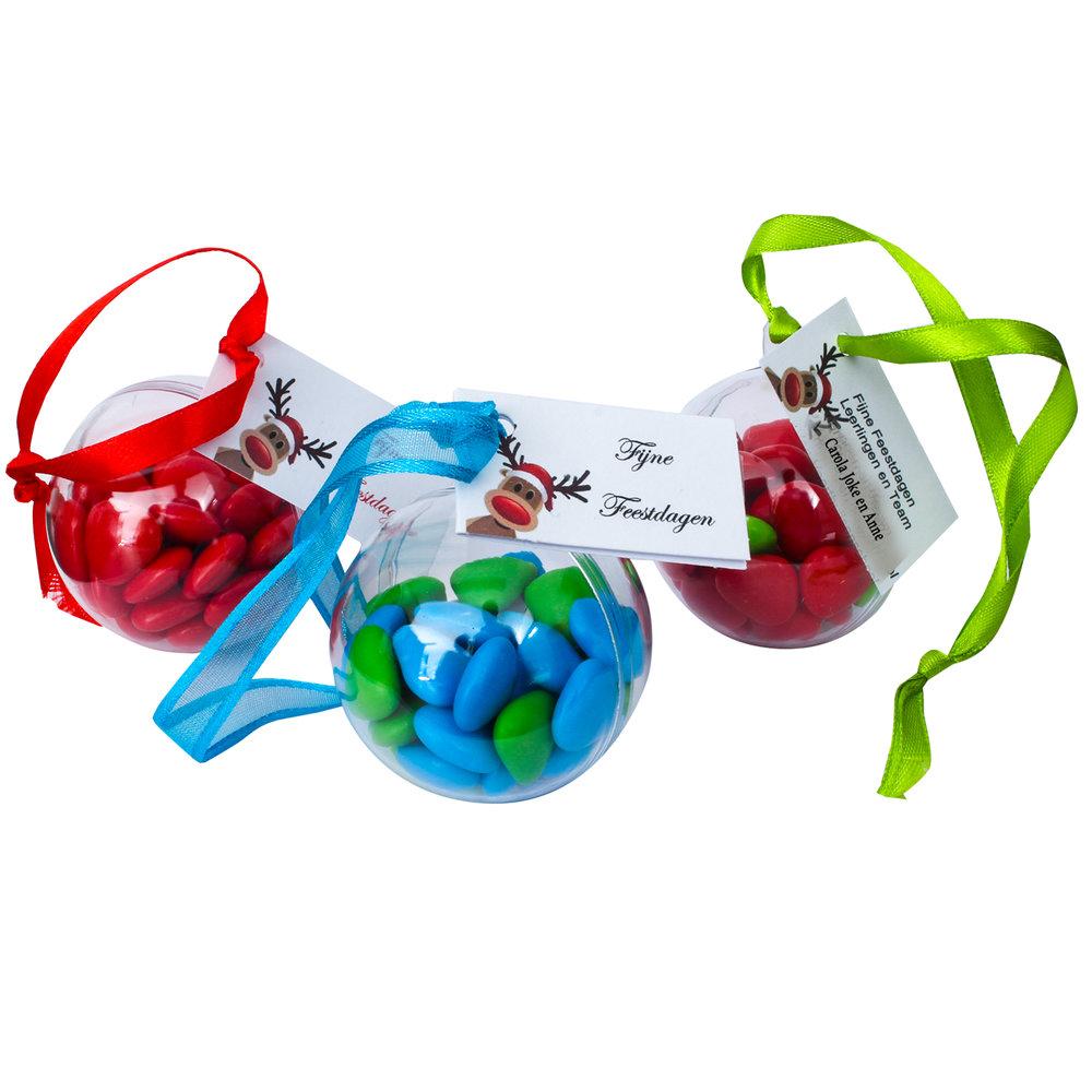 Kerstballen gifts voor relatie