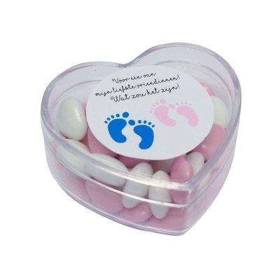 Hartendoosje gevuld met snoepjes voor de babyshower