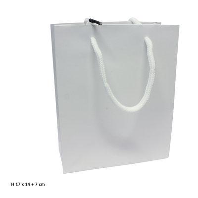 Goodiebag wit 17 x 14 + 7 cm