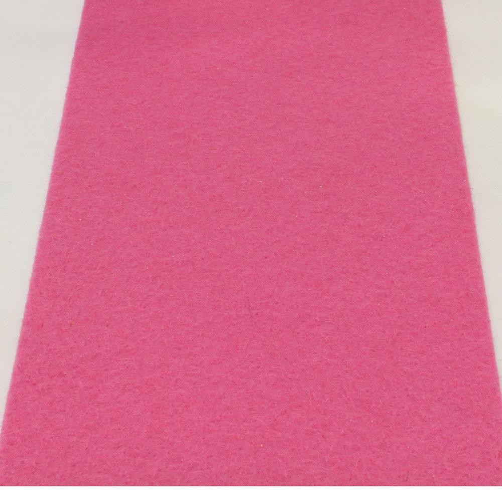 Pink roze loper met zandrug